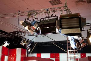 студийный свет (Kino Flo, ARRI, Dedolight, Logocam, Sachtler, Lowel)